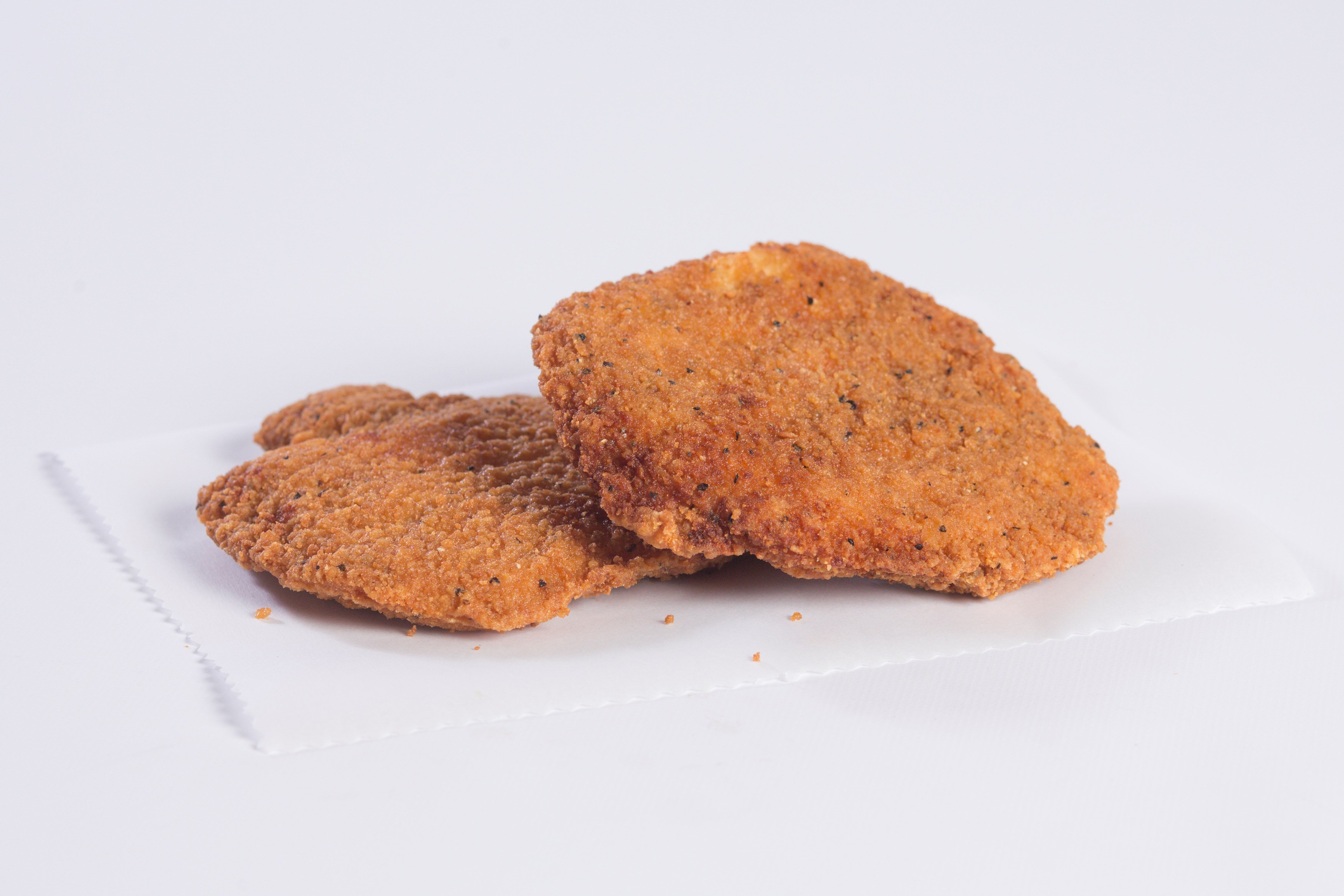 7517 Whole Grain Breaded Chris P. Chicken 4 oz Spicy Fillets image